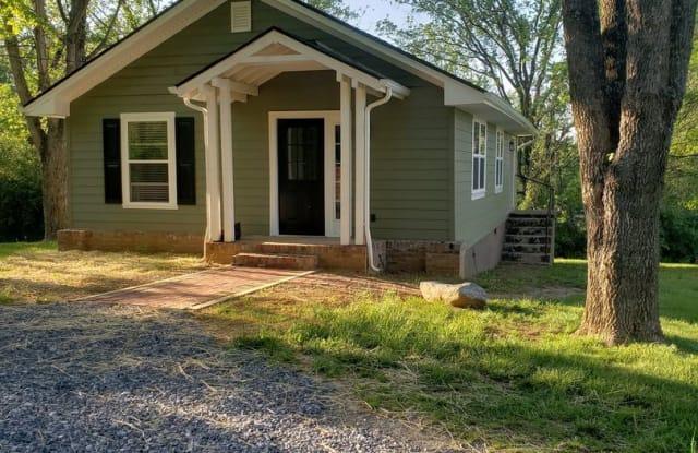 179 Lynn Lane - 179 Lynn Lane, Johnson City, TN 37604