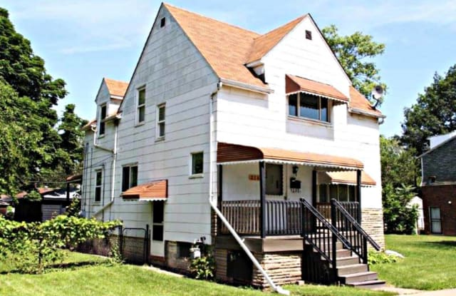 216 Campbell Street - 216 Campbell Street, River Rouge, MI 48218