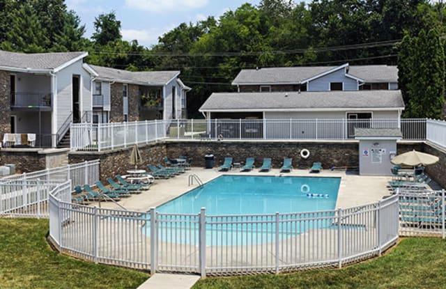 Walker Springs - 721 Walker Springs Rd, Knoxville, TN 37923