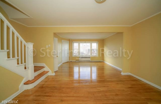 20-29 32nd St - 20-29 32nd Street, Queens, NY 11105
