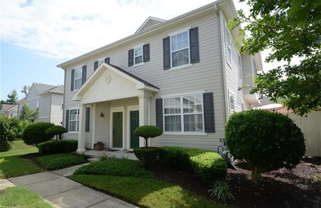1429 Titchfield Drive - 1429 Titchfield Dr, Chesapeake, VA 23320