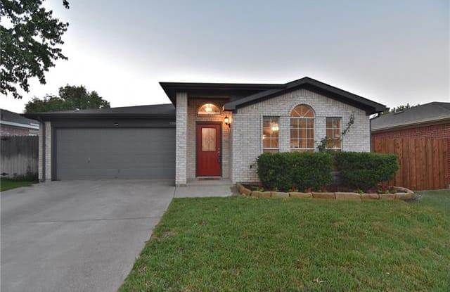 733 Charles City Drive - 733 Charles City Drive, Arlington, TX 76018