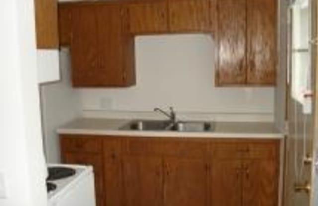 Midtowne Hillcrest - 410 1st St S, Buffalo, MN 55313