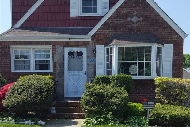 242-20 84th Rd - 242-20 84th Road, Queens, NY 11426