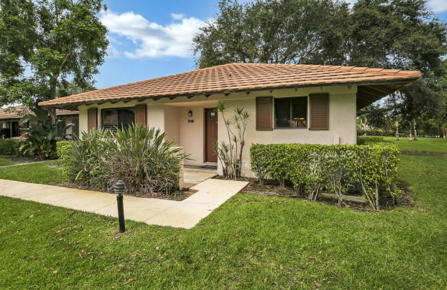 216 Club Drive - 216 Club Drive, Palm Beach Gardens, FL 33418