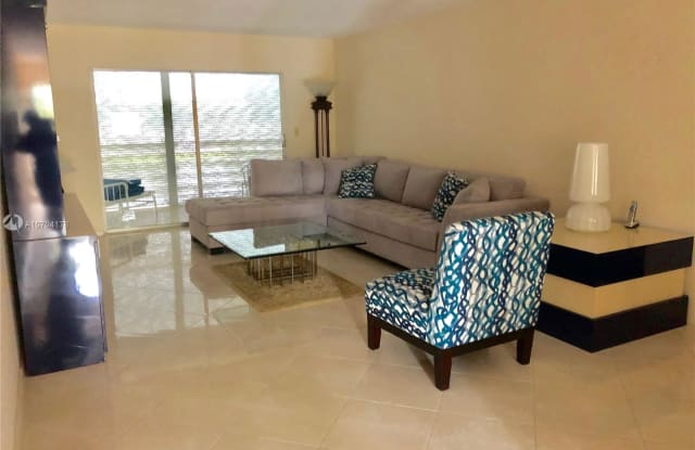 4301 Martinique Cir - 4301 Martinique Circle, Coconut Creek, FL 33066