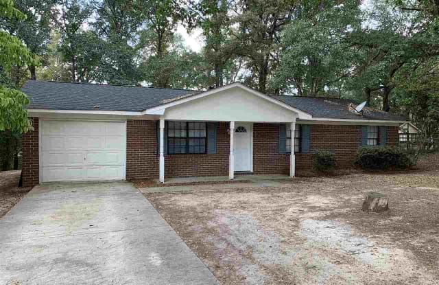 410 North Lake Drive - 410 North Lake Drive, Houston County, GA 31069