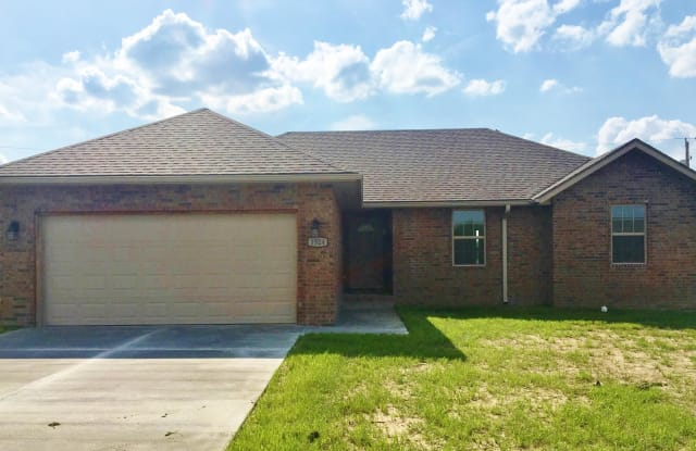 1524 Brewster Lane - 1524 Brewster Ln, Webb City, MO 64870