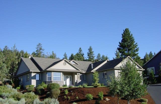 2829 NW Fairway Heights Dr. - 2829 Northwest Fairway Heights Drive, Bend, OR 97703