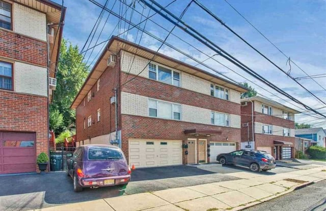 720 LIBERTY AVE - 720 Liberty Avenue, North Bergen, NJ 07047