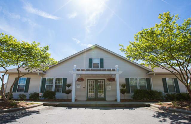 Briarcliff Villas - 2505 Briarcliff Cir, Wilmington, NC 28411