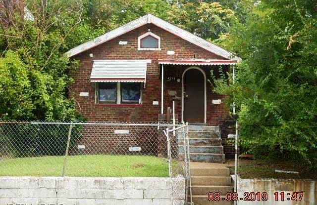 4255 Ashland Ave - 4255 Ashland Avenue, St. Louis, MO 63115