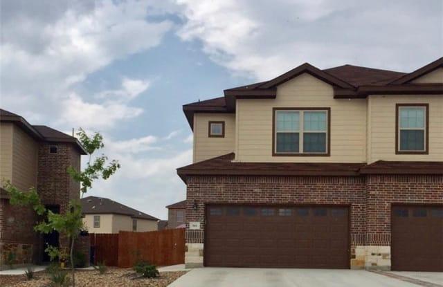 561 CREEKSIDE Forest - 561 Creekside Forest, New Braunfels, TX 78130