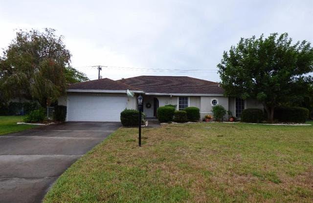 1328 Tanglewood PKY - 1328 Tanglewood Parkway, Whiskey Creek, FL 33919