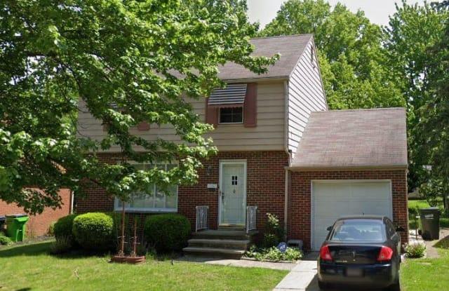 1361 Villa Dr - 1361 Villa Drive, South Euclid, OH 44121