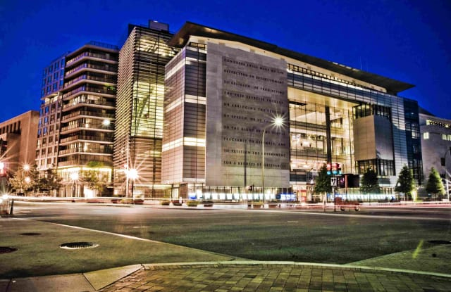 Newseum Residences - 565 Pennsylvania Ave NW, Washington, DC 20001