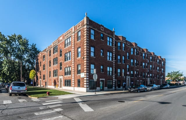 330 N Pine - 330 North Pine Avenue, Chicago, IL 60644