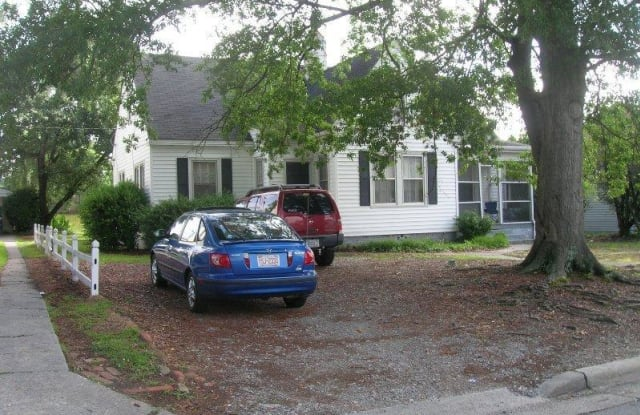 505 11th Street - 505 East 11th Street, Greenville, NC 27858