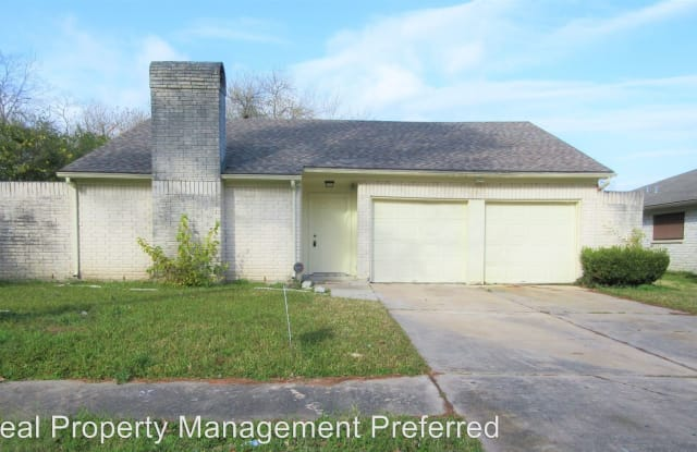 10414 Huntington Way Dr - 10414 Huntington Way Drive, Houston, TX 77099