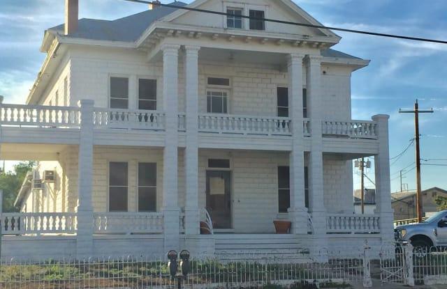 219 Washington St - 219 Washington Street, Eagle Pass, TX 78852