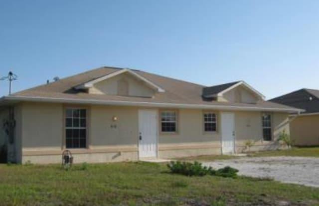 816 W 12th ST - 816 W 12th St, Lehigh Acres, FL 33972