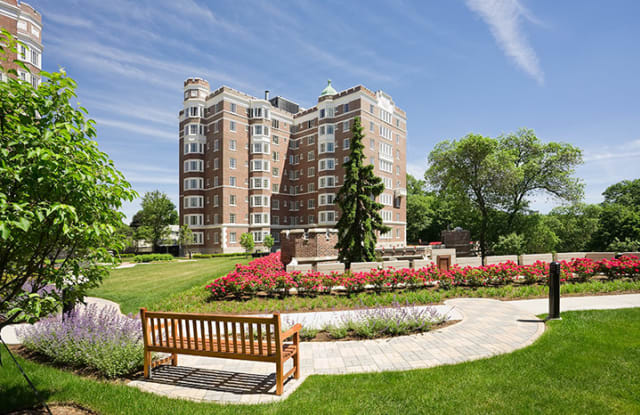 Longwood Towers - 20 Chapel St, Brookline, MA 02446