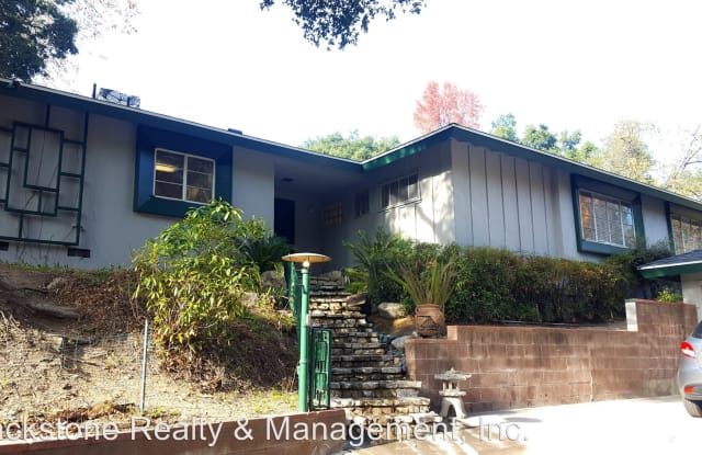 2907 East Chevy Chase Drive - 2907 East Chevy Chase Drive, Glendale, CA 91206
