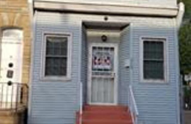 828 S 8TH STREET - 828 South 8th Street, Camden, NJ 08103