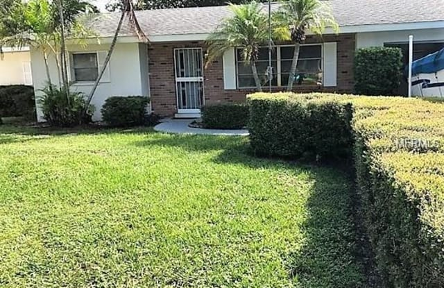11003 66TH TERRACE - 11003 66th Ter, Pinellas County, FL 33772