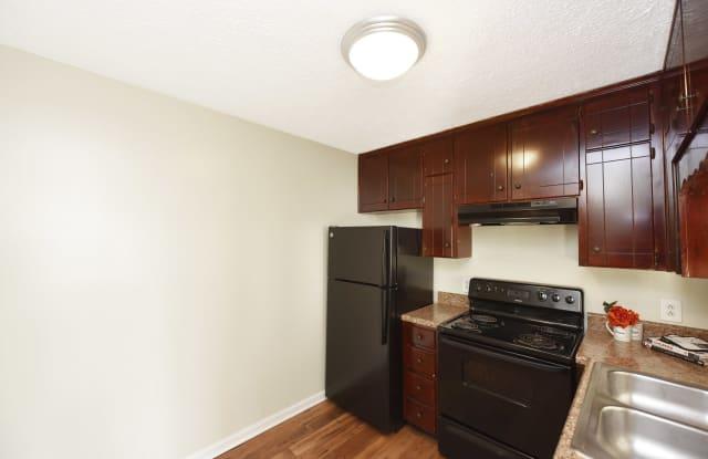 West End Living - Portland - 2112 Fairfax Avenue, Nashville, TN 37212