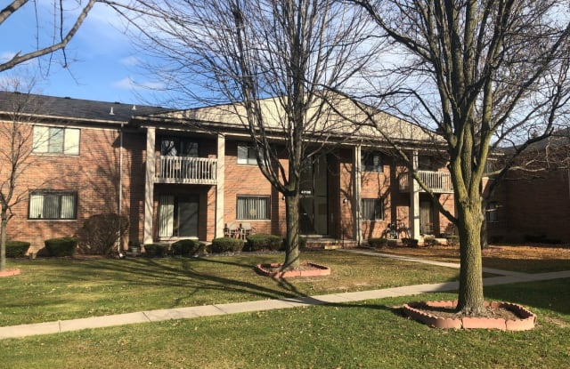 42188 Toddmark Place, #15 - 42188 Todd Mark Lane, Macomb County, MI 48038