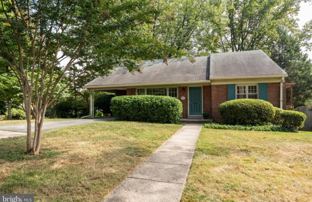 9105 CHANUTE DR - 9105 Chanute Drive, Bethesda, MD 20814