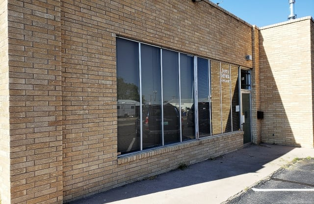 6320 Linn Ave NE Unit 6 - 6320 Linn Avenue Northeast, Albuquerque, NM 87108