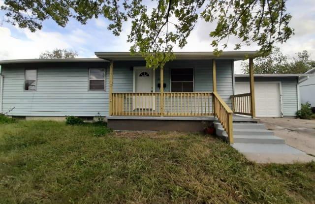 1309 Hale Drive - 1309 Hale Drive, Junction City, KS 66441