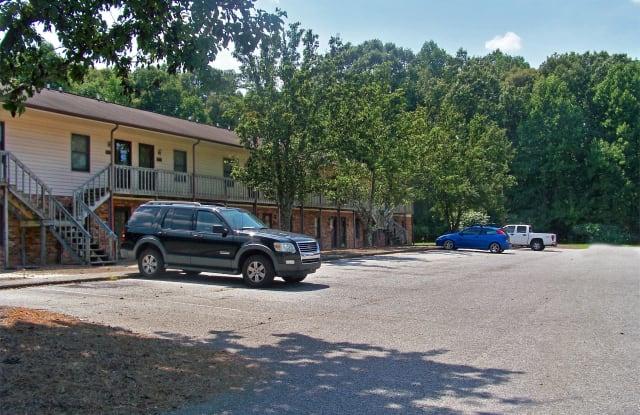 1513 Forest Knolls Circle - 1513 Forest Knolls Circle Southeast, Winston-Salem, NC 27101