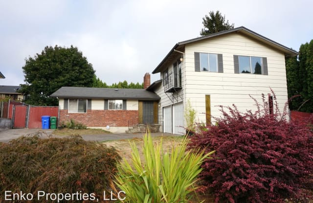 2833 NE 132nd Ave. - 2833 Northeast 132nd Avenue, Portland, OR 97230