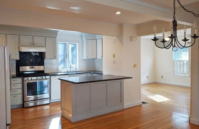 254 Wood Street - 254 Wood Street, Middlesex County, MA 01748