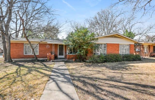 301 Hammack Dr. #A - 301 Hammack Drive, Austin, TX 78752