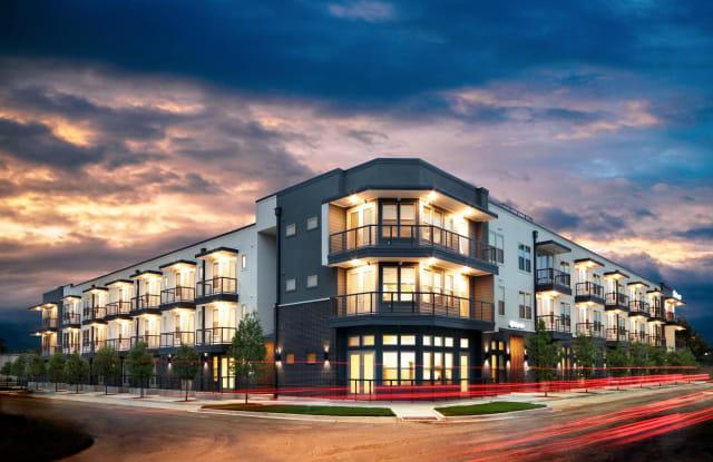 Magnolia off Sylvan - 707 Seale Street, Dallas, TX 75208