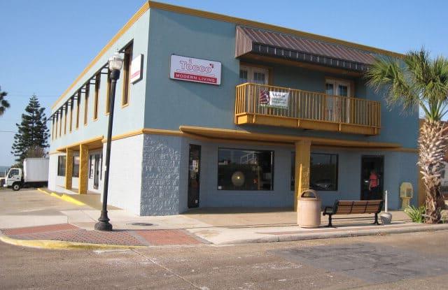 401 Maxan St. - 401 East Maxan Street, Port Isabel, TX 78578