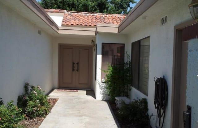 64 Avenida Las Palmas - 64 Avenida Las Palmas, Rancho Mirage, CA 92270