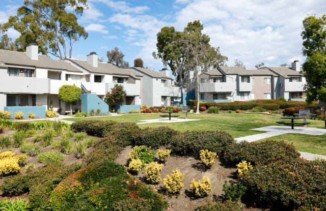 Villa Solana - 26033 Moulton Pkwy, Laguna Hills, CA 92653