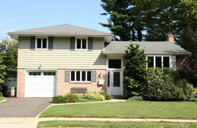 24 Michael Dr - 24 Michael Drive, Old Bethpage, NY 11804