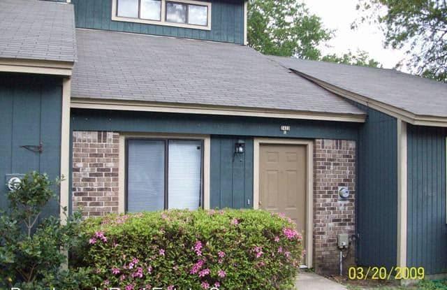 2423-C Talco Hills Drive - 2423 Talco Hills Dr, Tallahassee, FL 32303