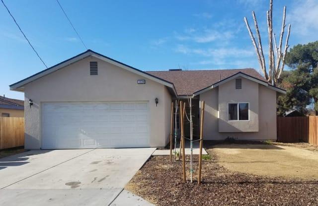 1224 N Brown St - 1224 North Brown Street, Hanford, CA 93230
