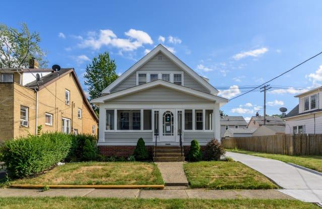 19400 Arrowhead Avenue - 19400 Arrowhead Avenue, Cleveland, OH 44119