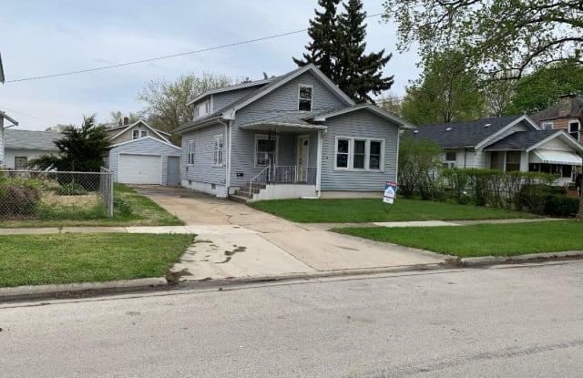 2319 Hecker Avenue - 2319 Hecker Avenue, Rockford, IL 61103