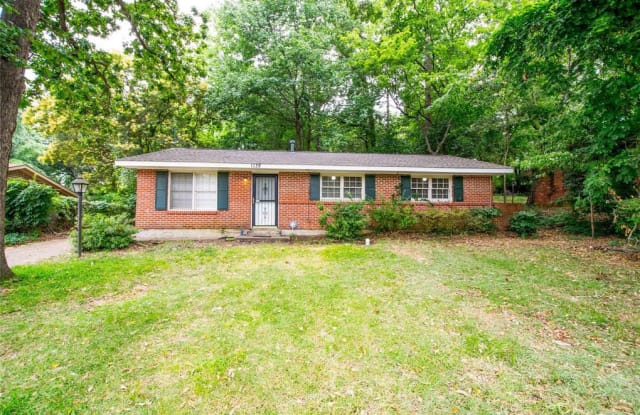1138 Perry Hill Rd - 1138 Perry Hill Road, Montgomery, AL 36109