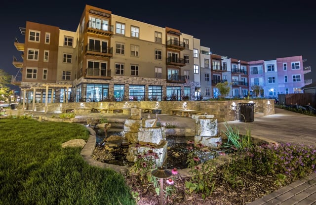 1505 Apartments - 1505 Wisconsin Ave, Grafton, WI 53024