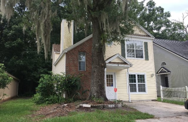 5141 Glen Alan Ct S - 5141 Glen Alan Court North, Jacksonville, FL 32210
